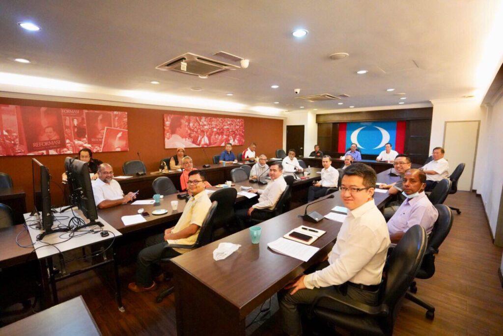 Pemimpin Pakatan Harapan ketika menghadiri mesyuarat Majlis Presiden pakatan itu hari ini.