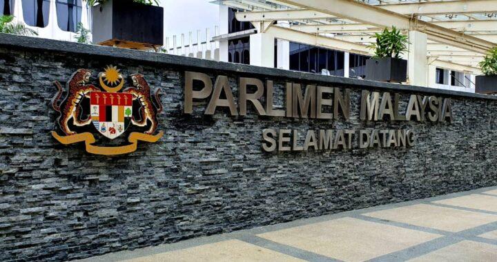 Sudah ada pihak yang mencadangkan Yang di-Pertuan Agong isytihar darurat dan gantung Parlimen untuk redakan krisis politik.