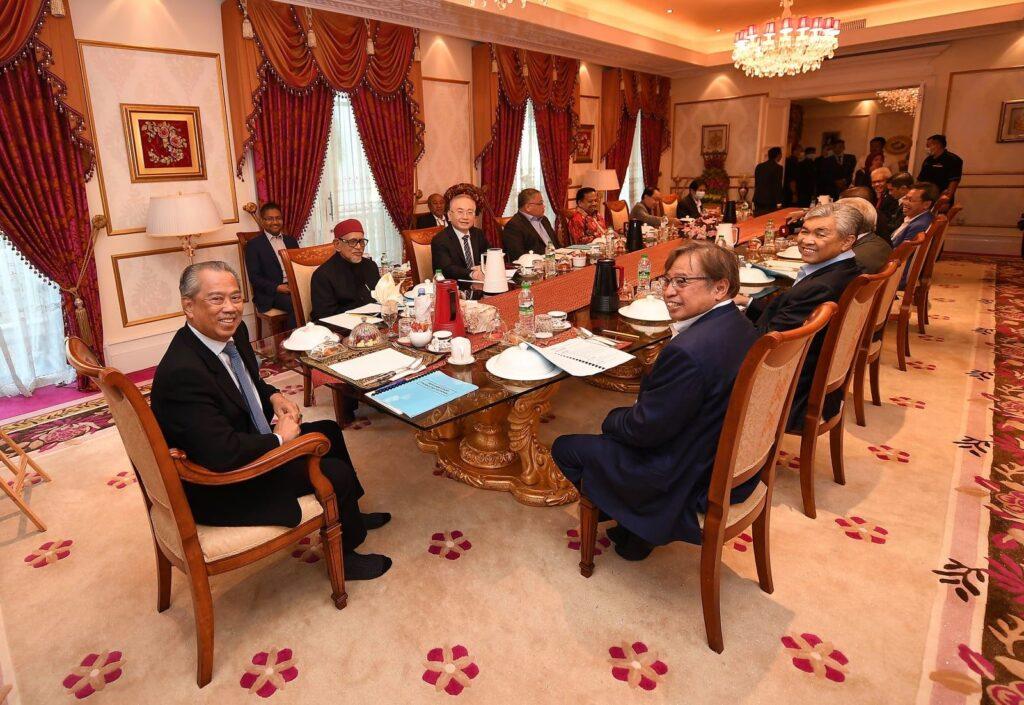 Tan Sri Muhyiddin Yassin bersama-sama pemimpin Perikatan Nasional - GAMBAR FAIL.