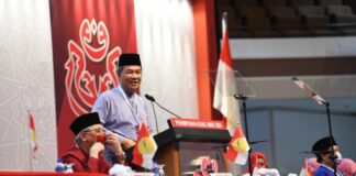 bermakna pendirian UMNO